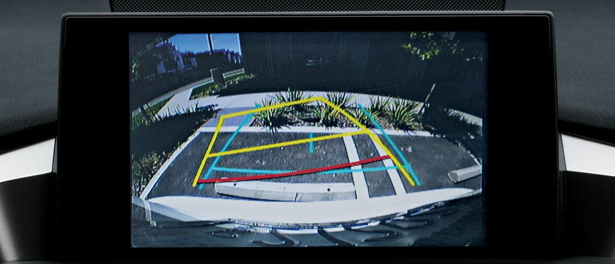 Car backup camera with guidelines